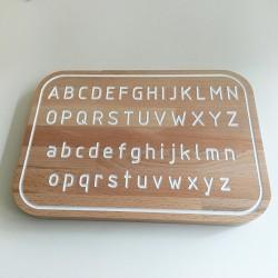 Simone, la planche Alphabet de traçage Montessori en bois - Photo 3