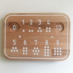 Simone, la planche de traçage des nombres Montessori en bois - Photo 1