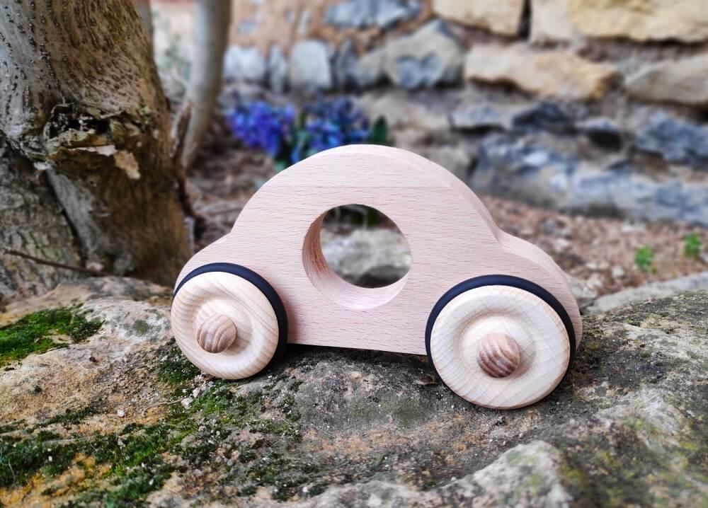 Petite voiture en bois Anatole